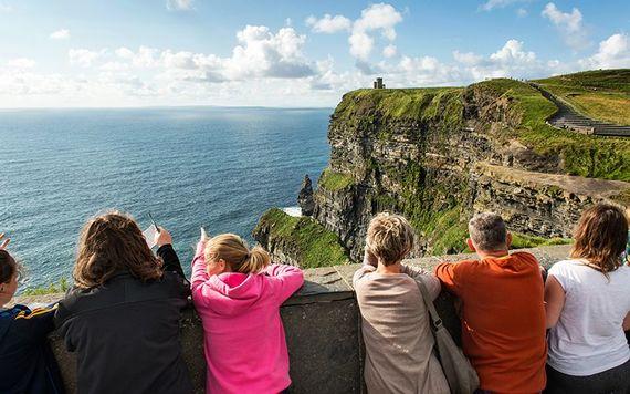 American visitors drive Irish tourism to new record high